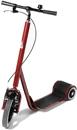 Trehjulig sparkcykel.
